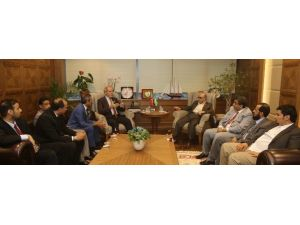 Başkan Altepe, Yanbulu Yöneticilere Bursa'yı Tanıttı