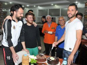Sinan Özkan'a Doğum Günü Sürprizi