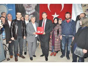 Soma Kızılay'dan AK Parti'ye Ziyaret