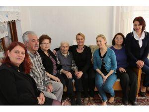 Bodrum'da Büyüklere Ziyaretler Devam Ediyor