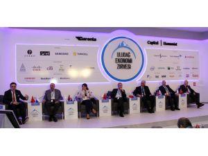 Uludağ Ekonomi Zirvesinde 'Yarının Rekabetçi Sektörleri' ele alındı