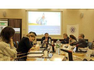 İstanbul Aydın Üniversitesi, Suriyeli Sığınmacıların Eğitimi Konusunu Fransa'ya Taşıdı