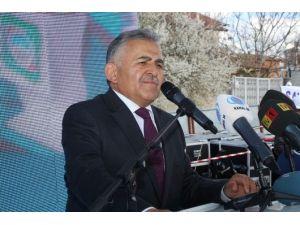 100 Bin Kişiye Hizmet Verecek Olan Bölge Semt Polikliniği Hizmete Açıldı