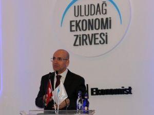 Konukoğlu Uludağ Ekonomi Zirvesi'nde
