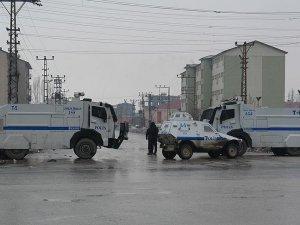 Yüksekova'daki terör operasyonunda 1 polis şehit oldu