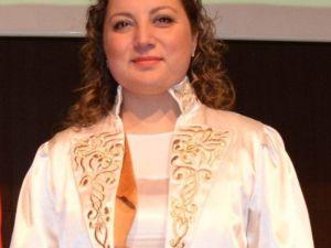 Rektör, Dünya Tiyatrolar Gününü Kutladı