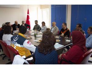 Nevşehir'de Yılın Hekimlerine Başarı Belgesi Verildi