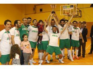 Turhan Poyraz Futsal Turnuvasının Şampiyonu Dağdere Oldu
