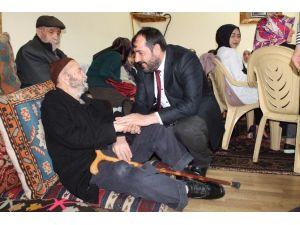 AK Heyet Yaşlıları Ziyaret Etti