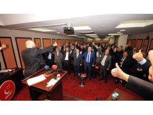 Kamalak: Dokunulmazlıkların kaldırılması için anayasa değişikliğine ihtiyaç yok