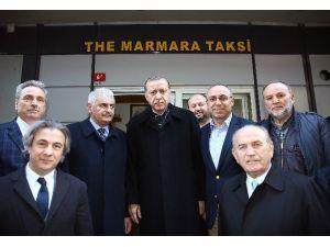 Cumhurbaşkanı Recep Tayyip Erdoğan, Taksicilerin Açtığı Pankarta Kayıtsız Kalmadı