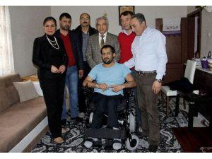 Hayalindeki Tekerlekli Sandalyeye 20 Yıl Sonra Kavuştu
