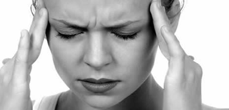 Şiddetli baş ağrılarının sebebi