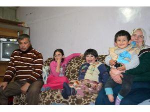 Üç Çocuğu Da Sakat Olan Aile Yardım Bekliyor