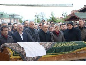 Bakan Işık Kocaeli'de Cenazeye Katıldı