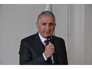 """AK Partili Beyribey: """"Türkiye'nin Üzerine Oyunlar Oynanıyor"""""""
