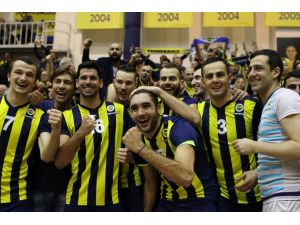 Filedeki Erkekler derbisini Fenerbahçe 3-1 kazandı