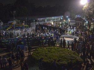 Pakistan'da bombalı saldırı: 63 ölü