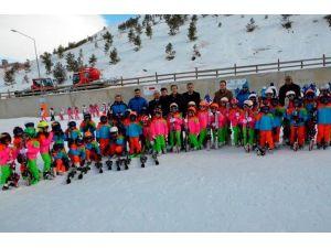 Palandöken Belediyesi, Minik Kayakçılara Sertifika Verdi