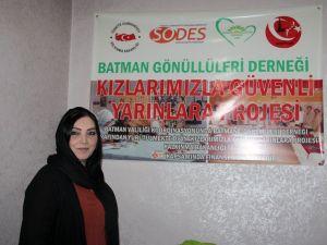 Batman Gönüllüler Derneği'nden muhtaçlara kurs ve eğitim