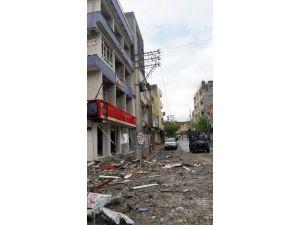 Nusaybin'de Polis Aracına Saldırı: 3 Polis Yaralı