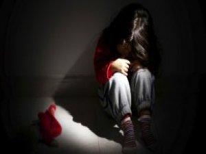 Öğretmen 6 Yaşındaki Öğrencisine Okulda Tecavüz Etti