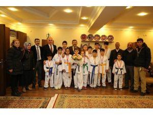 Darıca İdealspor Karabacak'a Teşekkür Etti