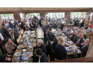Aliağa'daki Malatyalılar Sosyal Yardım İçin Buluştu