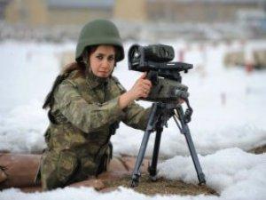 """Milli Savunma Bakanlığı """"Kadınların Askere Alınacağı"""" İddiasını Yalanladı"""