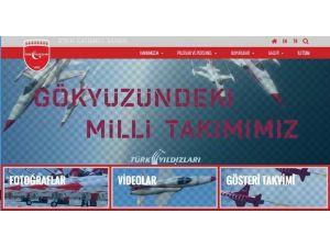Türk Yıldızları'nın İnternet Sitesi Yenilendi