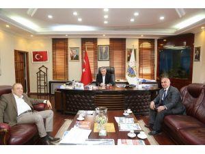 Başkan Toçoğlu'ndan Sapanca Belediyesi'ne Ziyaret