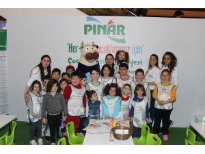 İzmir Optimum'da Çocuklara Sanat Desteği