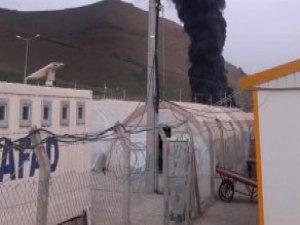 Çadır Kentte Yangın: 3 Çocuk Öldü, 6 Yaralı