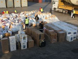 Limanda 700 Bin Kaçak Sigara Ele Geçirildi