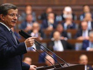 Davutoğlu: HDP kendisini teröre ipotek etmiş bir partidir