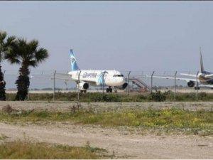 Mısır Dışişleri Bakanlığı: Uçağı Kaçıran Terörist Değil Gerizekalı
