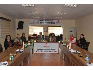 Vali Civelek'ten Türk Kızılayı Kuzey Marmara Bölge Afet Yönetim Müdürlüğü'ne Ziyaret