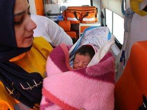 Sahil Güvenlik Eyisa bebeği tekrar kurtardı