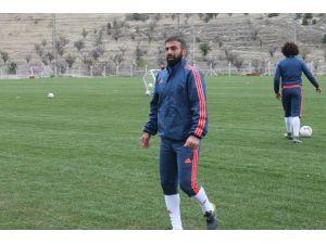 """Sedat Ağçay: """"Sağlam Bir Nefes Almak İçin Kazanmak İstiyoruz"""""""