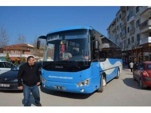 Halk Otobüsçüleri Yol Keserek Eylem Yaptı