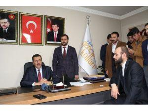Gümrük Bakanı Tüfenkci, AK Parti Ağrı İl Başkanlığını Ziyaret Etti