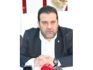 5 Hoca Değiştiren Elazığspor'da Başkan İstifa Etti