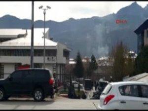 Tunceli'de Polise El Bombalı Silahlı Saldırı: 1 Terörist Öldürüldü