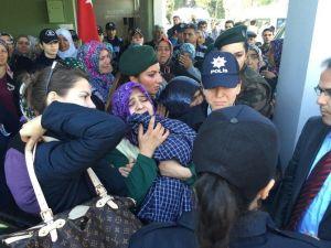 Şehit Polise Kardeş Ağıdı