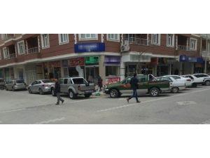 Kulu'da Araçların Kaldırım İşgaline Tepki