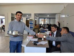 Başkan Kale'den Süt Üreticilerine Destek