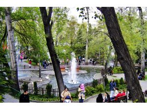 Kuğulu Park'ın adı 'Müzisyenler Parkı olsun' teklifi
