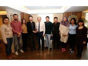 20 Şehirden Gelen Gençler Pamukkale'de Buluştu