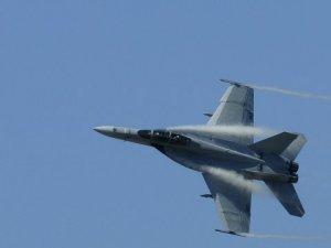 Afganistan'da NATO Savaş Uçağı Düştü! Taliban 'Biz Düşürdük' Dedi