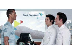 Türk Telekom, Ronaldo'yu Türkiye'ye getirdi